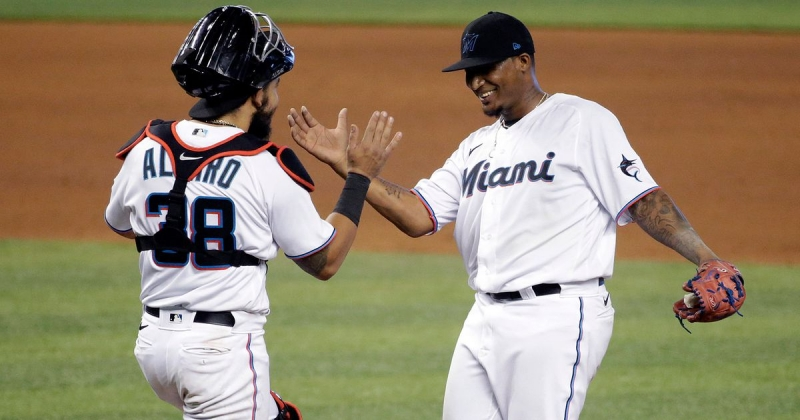 Marlins Move to 2nd in East