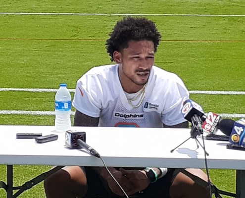 5 from Juan: Observations from First Day of Dolphins Practice