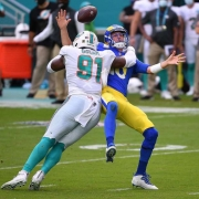 Dolphins Win Rams