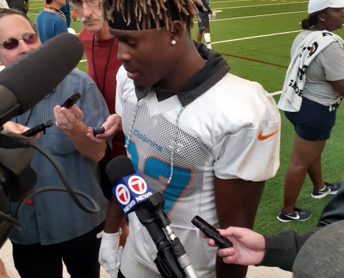 Quickie Miami Dolphins training camp notes -- Day 8