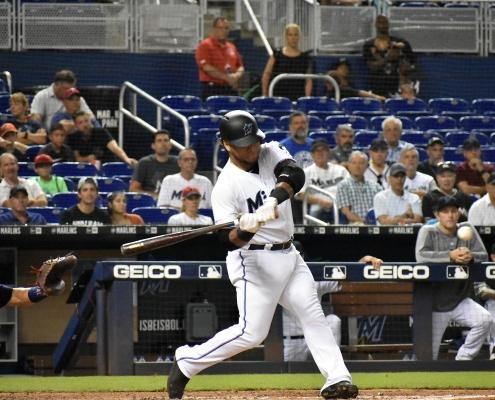 Harold Ramirez hits walk-off home run against Twins