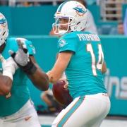 Ryan Fitzpatrick is a worthy role model for Tua Tagovailoa as Dolphins quarterback. (Tony Cappobiano)