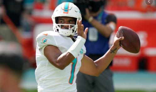 Tua Tagovailoa wins in his first NFL start for the Dolphins.